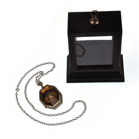 Harry Potter Replica Horcrux Locket of Salazar Slytherin with Display Case