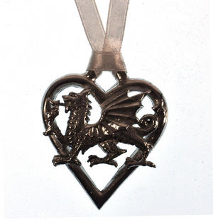 Love Heart Dragon Love Charm - Everlasting Welsh Lucky Charm Keepsake Forged in Pewter Thumbnail 2