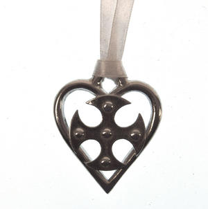 Love Heart Cross Love Charm - Everlasting Welsh Lucky Charm Keepsake Forged in Pewter Thumbnail 3