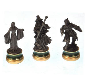 Lord of the Rings Chess Set - Two Tier Glass and Contoured Middle Earth Deluxe Set Thumbnail 5