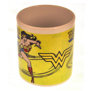 Wonder Woman Mug - Lasso of Truth Ready To Fly Thumbnail 2
