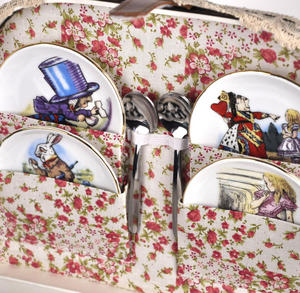 Alice in Wonderland Porcelain Tea Set and Rose Basket Hamper Thumbnail 4