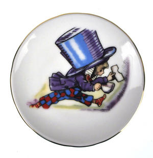 Alice in Wonderland Porcelain Tea Set and Rose Basket Hamper Thumbnail 7