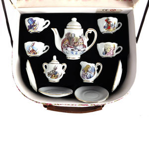 Alice in Wonderland Porcelain Tea Set and Rose Basket Hamper Thumbnail 8