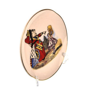 Alice and The Queen of Hearts - Alice in Wonderland Porcelain Wall Plate Thumbnail 2