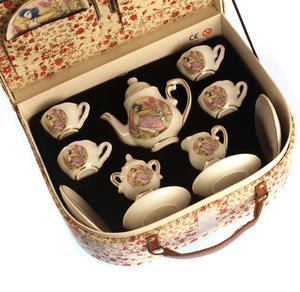 Jemima Puddleduck Porcelain Tea Set and Rose Basket Hamper Thumbnail 3