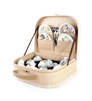 Beatrix Potter Peter Rabbit & Jemima Puddleduck Porcelain Tea Set and Hamper Thumbnail 3