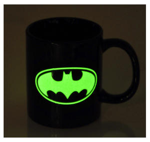 Batman Glow in the Dark Mug Thumbnail 1