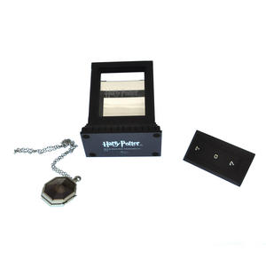 Harry Potter Replica Faux Horcrux Locket of Regulus Black with Display Case Thumbnail 7