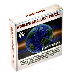 "Worlds Smallest Puzzle - Planet Earth - 234pc - 152mm x 102mm / 6"" x 4"" Thumbnail 3"