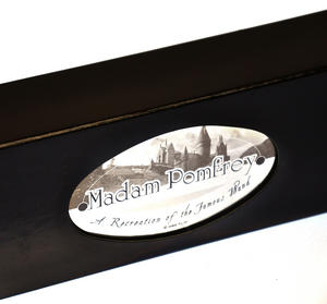 Harry Potter Replica Madame Pomfrey Wand Thumbnail 6