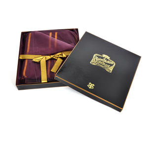 Harry Potter Replica Gryffindor Lambs Wool School Scarf in Madam Malkins Box Thumbnail 3