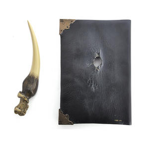 Harry Potter Replica Basilisk Fang and Tom Riddles Diary Noble Collection Thumbnail 5