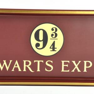 Harry Potter Replica Hogwarts Express Kings Cross Platform 9 3/4 Sign Thumbnail 6