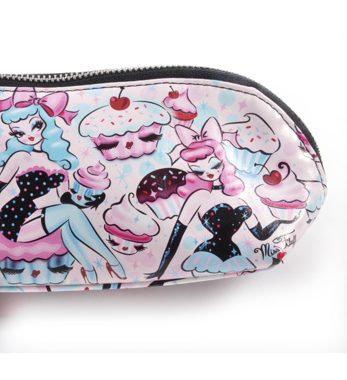 7675e5bcef06 Cupcake Dolls Make Up Clutch By Fluff 5055491416552