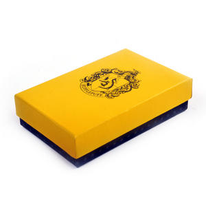 Harry Potter Replica Hufflepuff Sealing Wax Set Thumbnail 3