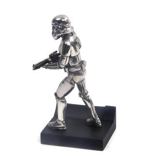 Stormtrooper - Star Wars Ltd Edition Figurine by Royal Selangor Thumbnail 2