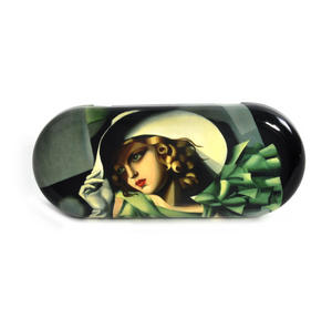 Tamara de Lempika - Young Lady with Gloves Glasses Case Thumbnail 2