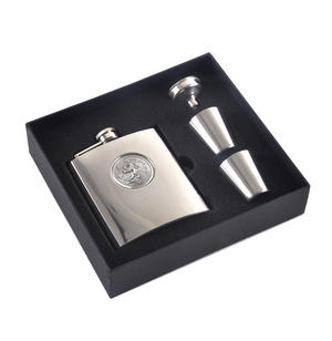 Scottish Royal Standard Lion 6oz Hip Flask Presentation Box Set with Funnel & Two Shot Cups Thumbnail 3