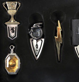 Harry Potter Horcrux Bookmark Collection Thumbnail 4