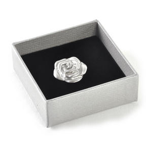Rose Lapel / Tie Pin Thumbnail 2