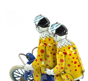 The Two Tin Tandem Clowns  - Classic Clockwork Collector's Toy Thumbnail 6
