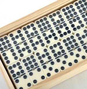 Classic Dominoes - Set of 55 Domino Double Nines in A Wooden Box Thumbnail 1