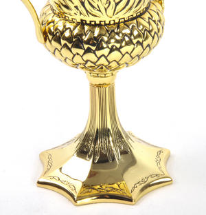 Helga Hufflepuff Cup  - Harry Potter Replica by Noble Collection Thumbnail 5