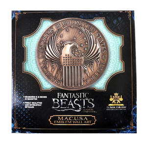 Fantastic Beasts M.A.C.U.S.A. Emblem Wall Art- Newt Scamander Fantastic Beasts - Noble Collection Replica Thumbnail 7