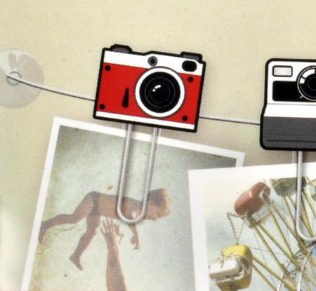 Clip It - Picture Hanger