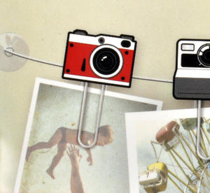 Clip It - Picture Hanger