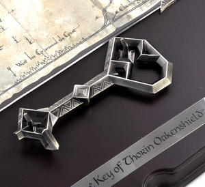 The Hobbit Map & Key of Thorin Oakenshield by The Noble Collection Thumbnail 6