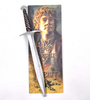 The Hobbit Bilbo Baggins Pen and Lenticular Bookmark Set by The Noble Collection Thumbnail 1