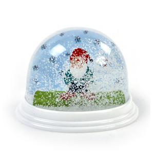 Garden Gnome Snow Globe Thumbnail 3