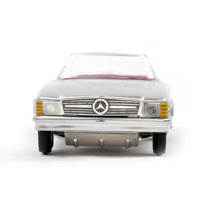 Mercedes Benz 350SL  - Classic German Model Car Thumbnail 2