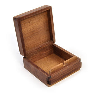 Puffin Secret Marquetry Stash Box with Invisible Opening System 8 x 8 cm Thumbnail 4