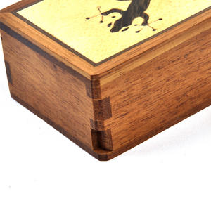 Lizard Secret Marquetry Stash Box with Invisible Opening System 8 x 6 cm Thumbnail 3