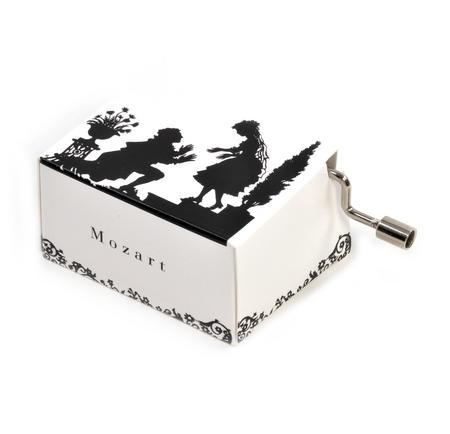 Lotte Reiniger Silhouette Filmmaker Music Box - Mozart's A Little Night Music / Kleine Nachtmusik - Figaro and the Contessa