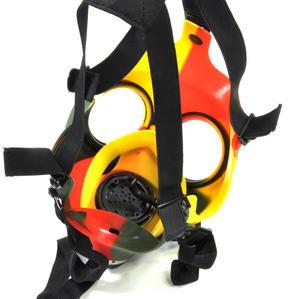Rasta Gas Mask Bong Thumbnail 5