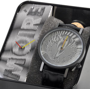Moiré Watch - The Wristwatch For Optical Illusionists, Printers, Photographers Thumbnail 4