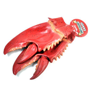 Giant Lobster Claws Thumbnail 2