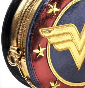 Wonder Woman Shield  Hand Bag with Lasso of Truth Shoulder Strap Thumbnail 2