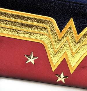 Wonder Woman Shield Red, Blue & Gold Star Long Wallet Thumbnail 2