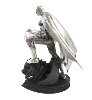 Batman Ltd Edition Sculpture by Royal Selangor Thumbnail 7
