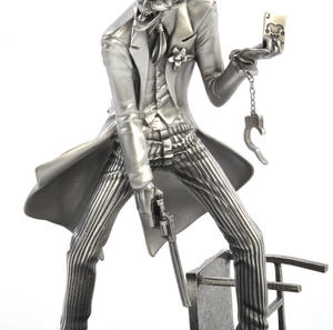 Joker Batman Sculpture by Royal Selangor Thumbnail 3