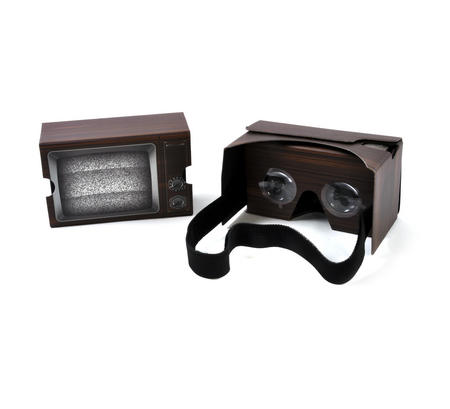 Retro TV Virtual Reality Glasses - Smartphone VR Strap-on