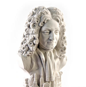 Sir Christopher Wren Statuette - Famous Faces Collection Plaster Bust Thumbnail 1