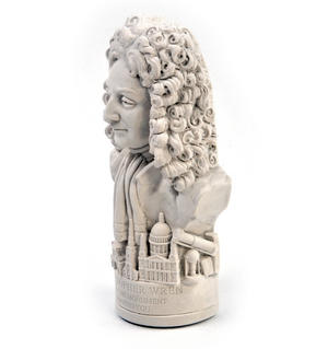Sir Christopher Wren Statuette - Famous Faces Collection Plaster Bust Thumbnail 6