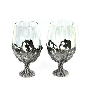 Pair of Grapevine Solid Pewter Wine Glass Holders and Glasses in Presentation Box Thumbnail 5