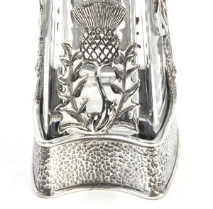 Highland Stag Pyramid Decanter in Heavy Solid Pewter in Presentation Box Thumbnail 6